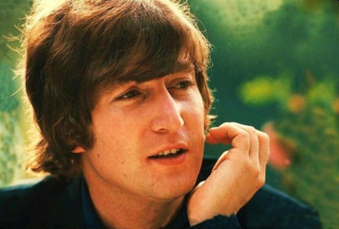 John-Lennon220813
